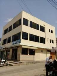 Alugo Salão Comercial (todo o 2 andar) com 140 m2,