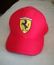 Boné Scuderia Ferrari