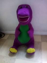 Boneco Barney de pelúcia com 60 cm de altura