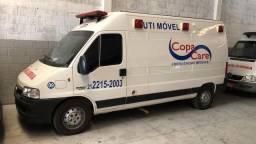 Ambulância UTI - excelente conservação