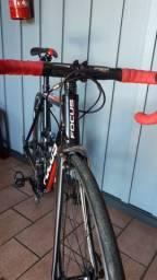 Bicicleta Speed Focus Cayo 2017 Aluminio 105 22v S