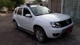 Renault Duster COMPLETA