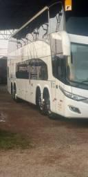 Ônibus Double Deck 64 lugares