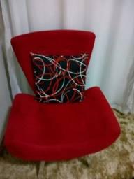 Vende-se cadeiras vermelhas + centro espelhado