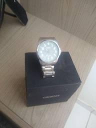 Vendo relógio oriente original na caixa e com nota