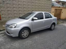 Toyota Etios Sedan Automático Impecável