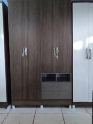 Roupeiro Felicce 4 portas 2 gavetas (rústico e branco)