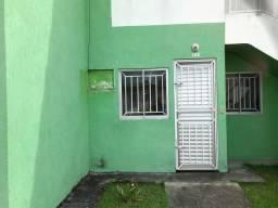 Condomínio Fechado com Entrega Imediato, 01 Apartamento de 02 Quartos