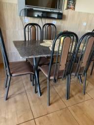 Mesa Mármore com 6 cadeiras