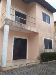 Casa de condomínio para venda tem 100 metros quadrados com 3 quartos