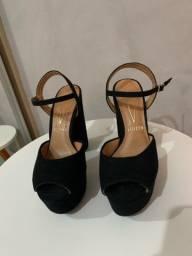 Sandália salto vizzano