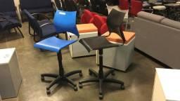 Cadeira balcão usada
