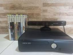 Xbox 360 Seminovo + 9 Jogos + Dois Controles + Kinect + Cabos