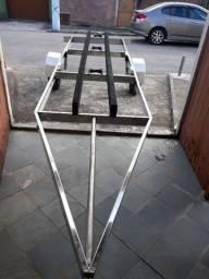Carreta rodoviária de aço inoxidável medindo 6 metros