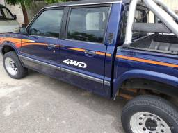 Pickup B2500