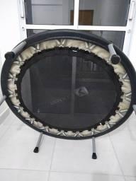 Jump trampolim profissional 34 mulas com capa protetora super concervado