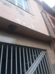 Casa em Vila Residencial.