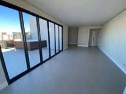 Cobertura á venda com 3 dormitórios sendo 2 suítes na linda Praia de Palmas.