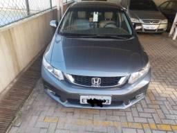 Honda Civic 13/14 lxr automático