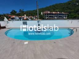 Apartamento em aluguel ou venda a 50m do mar em Praia Brava