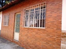 Título do anúncio: Casa com 2 dormitórios à venda, 57 m² por R$ 140.000 - Letícia - Belo Horizonte/MG