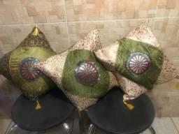 Almofadas estilo indiano