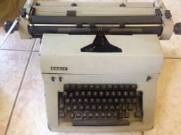 Maquina de escrever Facit
