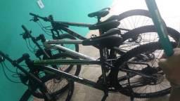 Vendo 3 bike top freio a disco aro 29
