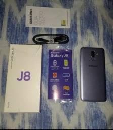 Samsung j8 64 g
