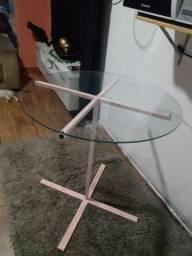 Vendo mesa de jantar sem as cadeiras