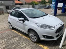 Vendo Ford New fista titanium 2015