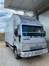 Ford Cargo 815  -  3/4 - 2012