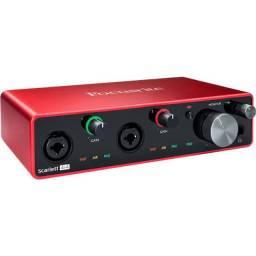 Interface de Áudio Focusrite Scarlett 4I4 (3rd Gen) 4 Canais 3º Geração
