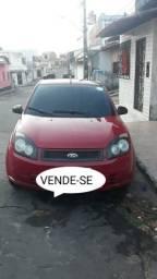 Fiesta sedan 14.000.00 - 2008