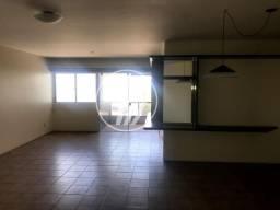 Título do anúncio: Apartamento com 164 m², 4/4 (sendo 01 suíte e 01 com varanda), na Ponta Verde. REF: D1019