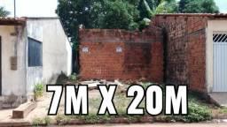 Terreno 7m x 20m na Avenida Brasil - Cidade Olímpica