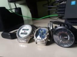 Promoção 4 relógios pelo preço de 1