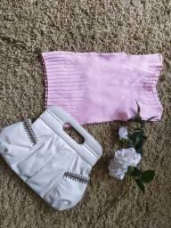 Bolsa Arezzo e blusinha de fio