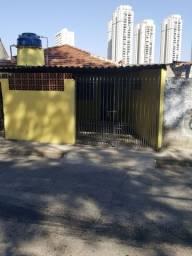Alugo Casa com Garagem na Vila Sônia!!