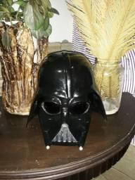 Capacete em fibra do Darth Vader