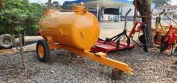 Tanque de Água Pipa 2000 litros - Trator