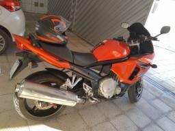Moto Suzuki gsxf 650