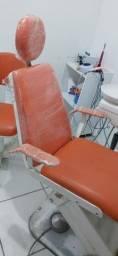 Cadeira Gnats bem concervada