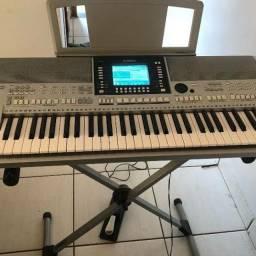 Teclado Yamaha psr710