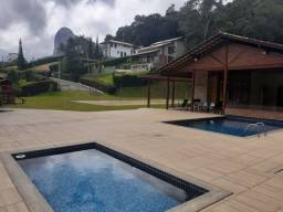 Excelente terreno em Domingos Martins com casa e piscina.
