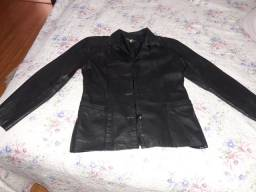 Jaqueta feminina de couro legítimo