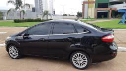New Fiesta 1.6 Sedan Titaniun 2014