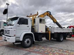 Título do anúncio: Aproveite e compre seu caminhão Munck