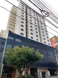 Surpreendente apartamento no Centro por 245 mil