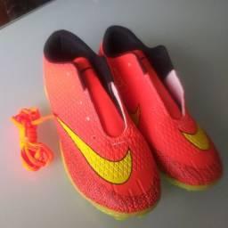 Chuteira society Nike n.36